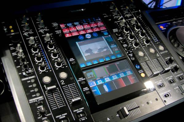 Das Pioneer DJ Flaggschiff