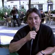 Guy Kawasaki sagt: follow datadirt! :-)