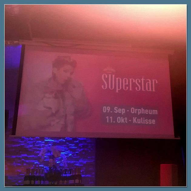 SUperstar - Su Mathurins Kabarett-Premiere im Casa Nova